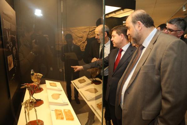 inauguracin-de-la-tercera-fase-del-museo-de-paleontologa_27833880989_o